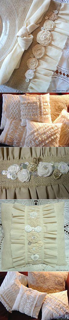 Подушки и салфетки из мешковины, бязи и цветов, в стиле шебби шик.