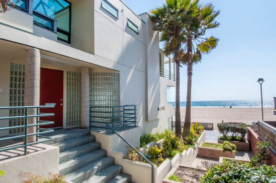 Homes for sale in America's Happiest Seaside Towns: Hermosa Beach, California. Coastalliving.com