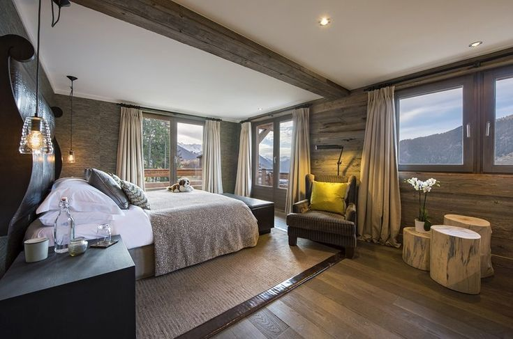Eco hotel is made of natural logs. The ecological wood material is procured, manufactured and transported with the principles of sustainability in mind.