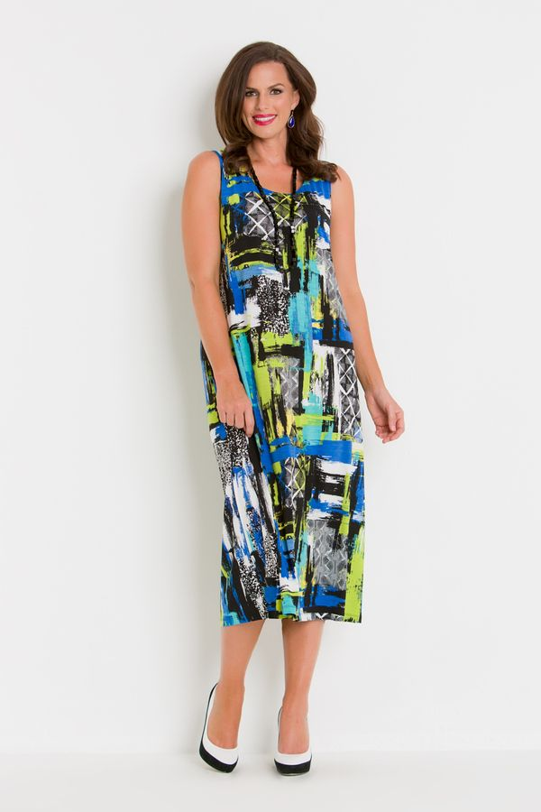 7707 Aerial Dress - A classic Swish design with another fantastic 2016/2017 print. Nice and bright this plus size dress will add some colour to your wardrobe. Features wide sleeveless straps so that your bra is hidden and the length of the dress will sit just below the knees.