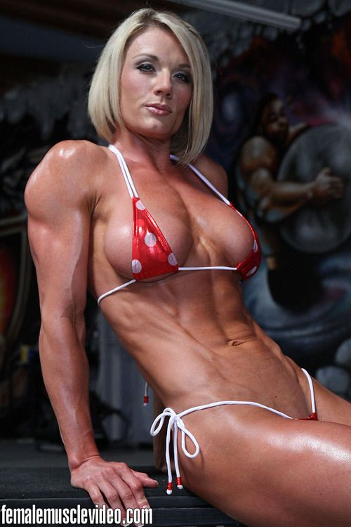 naked hot female bodybuilder