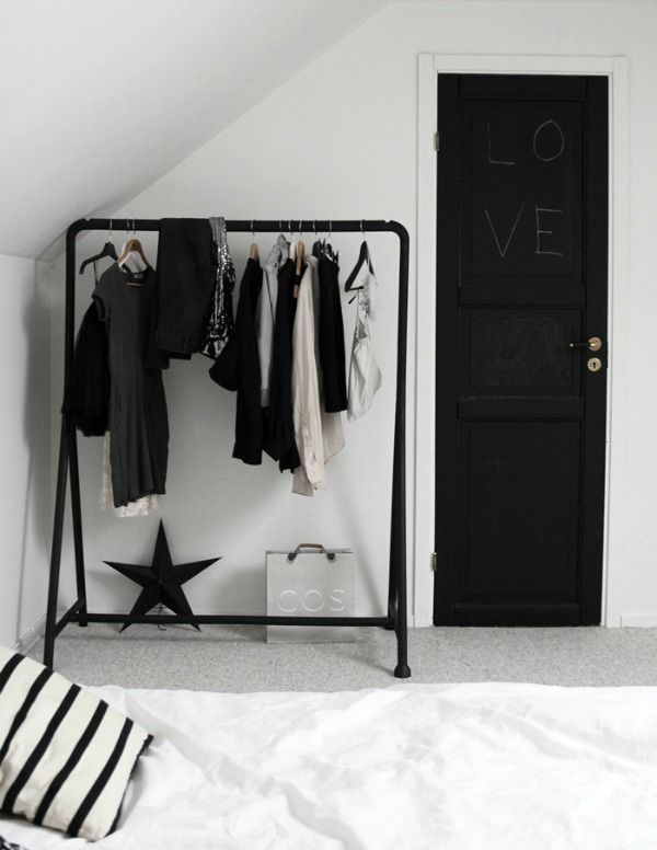 kledingrek-slaapkamer-kleding-decoratie