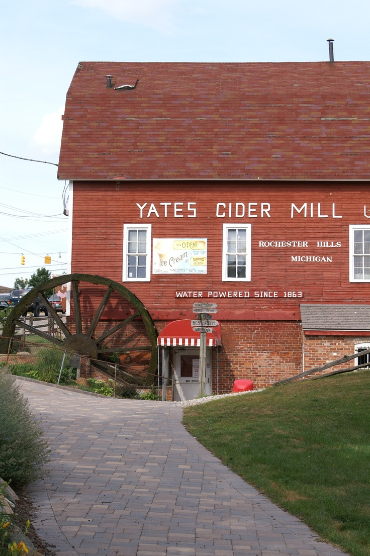Puuullleeeeze dont act surprised! ha ha ha Yates Cider Mill - Rochester, Michigan