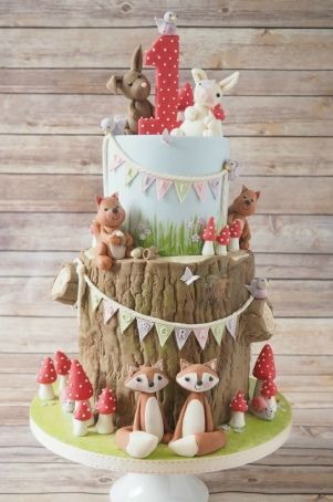 Cutest woodland birthday cake!   by Fat Cakes