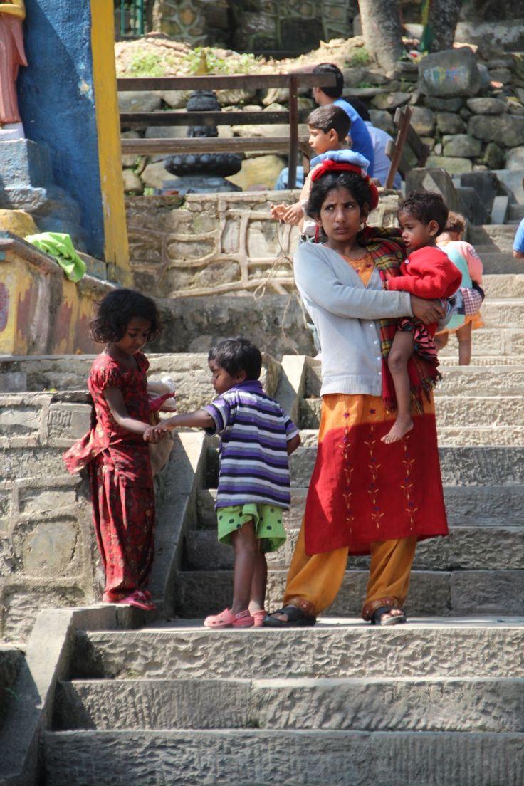 Onderweg op de trappen van Swayambhunath