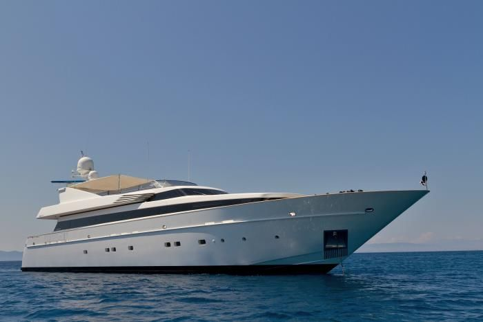 Mabrouk - Motor Yacht - 40m - Discover your Glamorous Mediterranean Experience - GMEDE