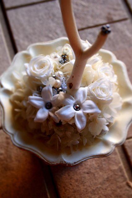 ジャスミンを使ったリングピロー : 花*ふわわ
