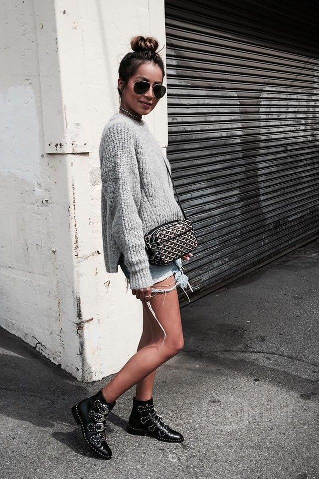Julie Sariñana wearing  By Malene Birger Ilonso Sweater, Goyard Chevron Sac Capvert Bag, Givenchy Black Studded Ankle Boots, Ray-Ban RB3025 Aviator Classic G-15