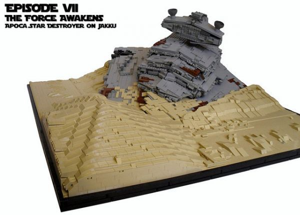 LEGO Recreation of Downed Star Destroyer on Jakku From STAR WARS: THE FORCE AWAKENS — GeekTyrant