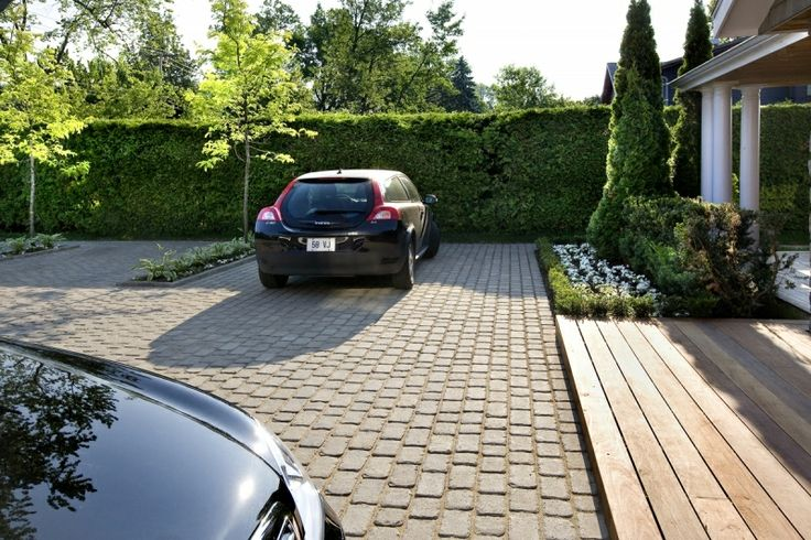 how to build a driveway with bricks
