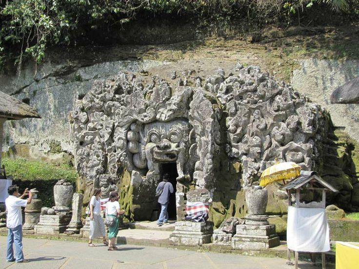 Ubud cave temple
