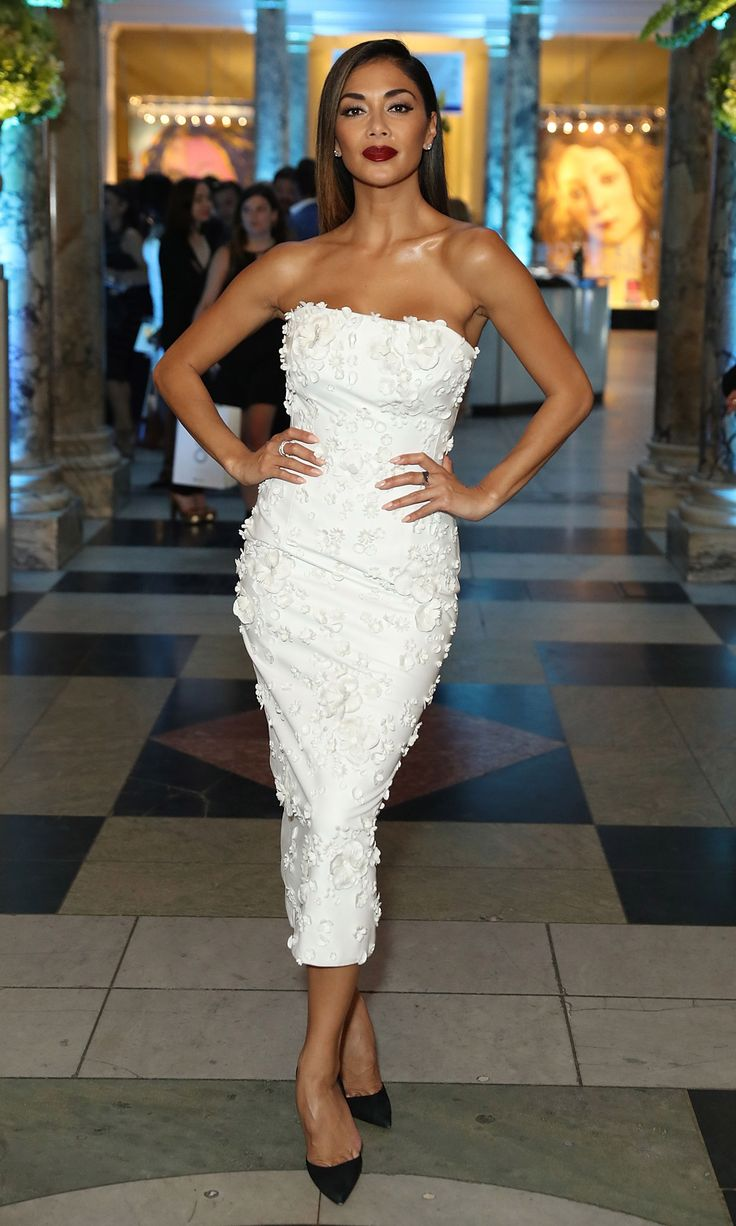 12 June 2016 - Nicole Scherzinger in a Nicholas Oakwell dress and Christian Louboutin heels.    - HarpersBAZAAR.co.uk