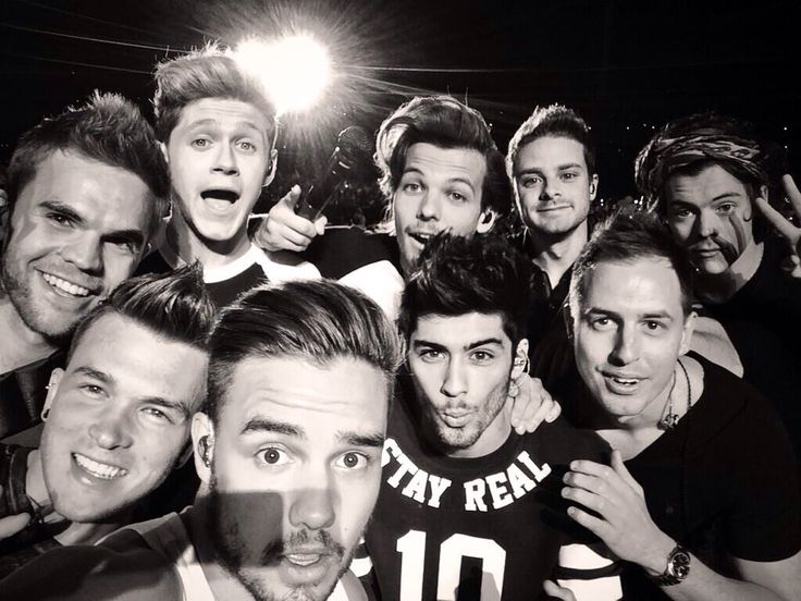 One Direction + the band. Just posted by Liam>>>STAPLE THIS TO MY TOMBSTONE