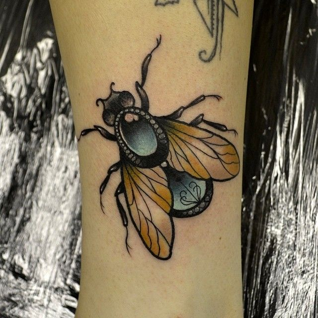 darylwatsontattoo:  Fun fly today, thank you gabbie! If you want tattooed just drop me an email - daryl.c.watson@hotmail.com