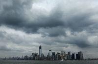 Ouragan Sandy: le bilan s'alourdit à 72 morts, des millions de litres de diesel au large de New York