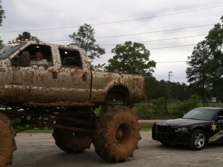 Trucks Jacked Up >> When you have to look down on the cop >>> | It's a Cowgirl Thing | Pinterest | Ford, Cars and 4x4
