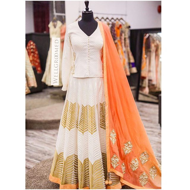 How gorgeous is this beautiful chanderi silk lengha!? We love how the ombre peach dupatta is such a focal point in this outfit...absolutely stunning! All of our pieces are customizable to meet your requirements and personal style! Email us at sales@wellgroomed.ca Out of the country? We've got you covered! We offer phone and skype consultations as well! Drop by one of our retail locations:  6028 Stevenson Blvd, Fremont California  Unit 321-8218 128 St. Surrey, BC #wellgroomedinc…