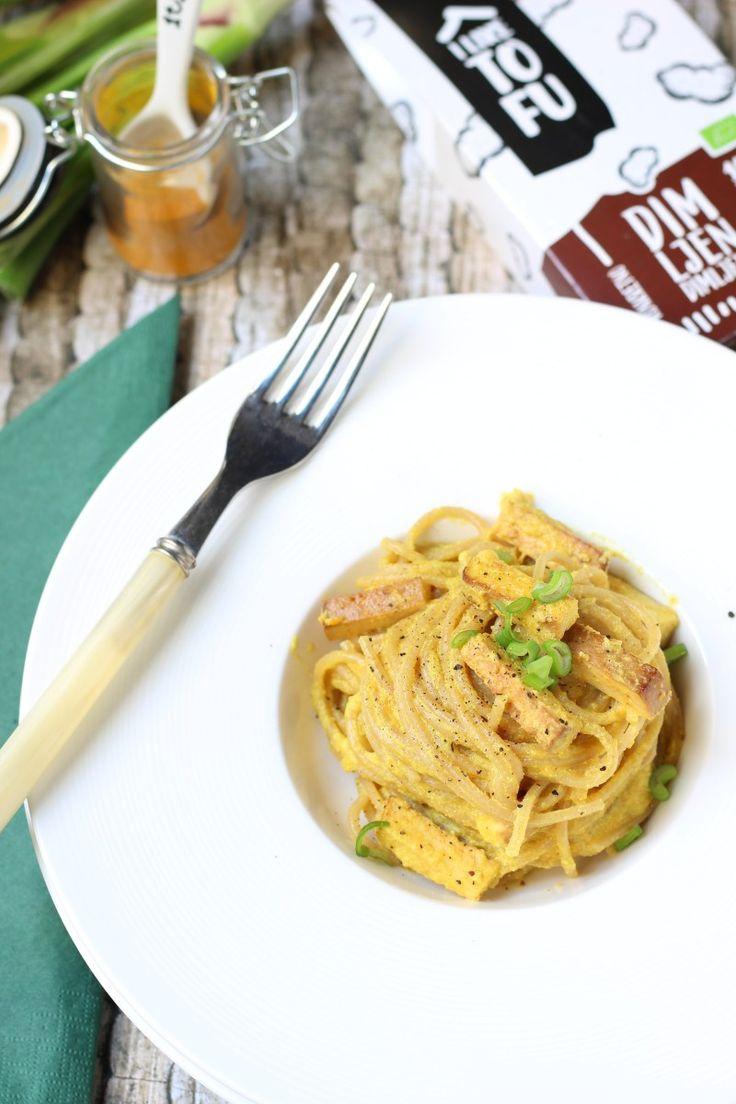 Spaghetti alla curcuma e tofu affumicato (veg-carbonara)