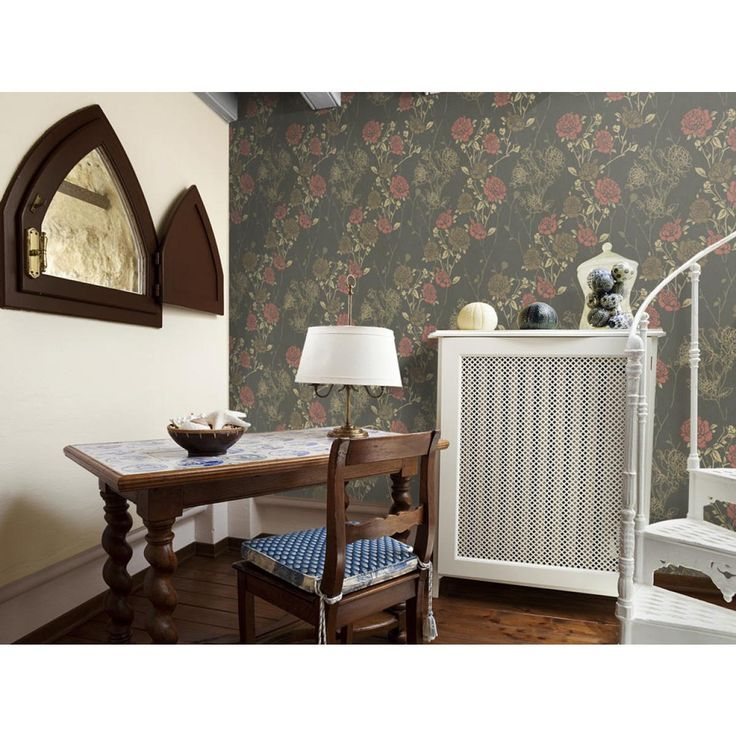 Im englischen Stil einrichten? Lernen Sie die eleganten Vintage Tapeten kennen #tapete #tapeten  #wanddekoration #wanddeko #homedecor #home  #artgeist #vintage #blumen #blumenmotiv #englischerstil