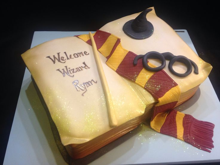 Awesome Harry Potter Baby Shower Cake!