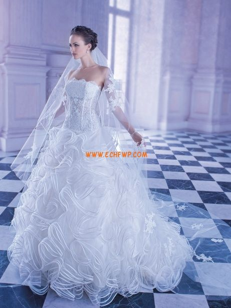 Hala Bez ramínek Zima Svatební šaty 2013