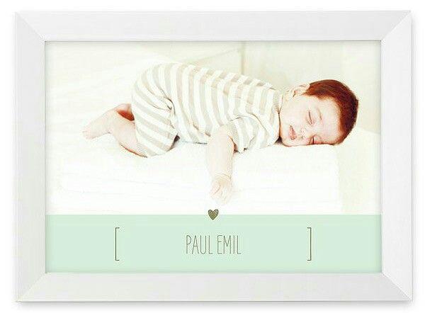 """Ihr süßestes Babyfoto kommt auf dem Wandbild """"New Baby"""" unvergleichlich gut zur Geltung!"""