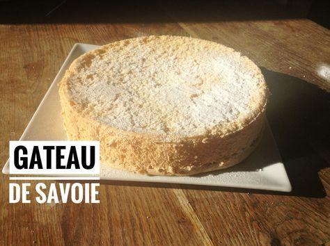 Gateau de Savoie super moelleux je vous propose un gâteau hyper aérien et facile : un gâteau de Savoie. #Thermomix #gateau #savoie #moelleux #aérien #maizena http://www.recettes-economiques.com/recettes/gateau-de-savoie-thermomix-super-moelleux/