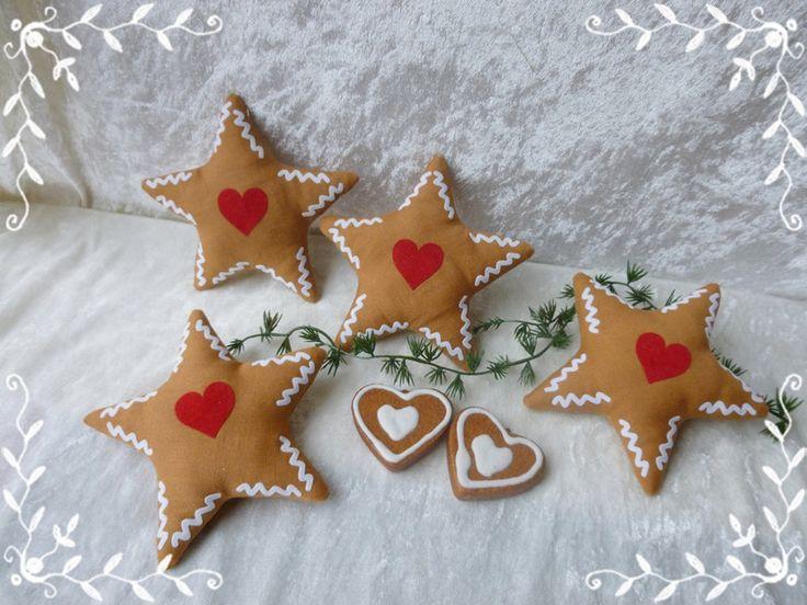 4er Set Sterne aus Tilda Stoff Lebkuchen-Optik  von Die Geschenkidee auf DaWanda.com