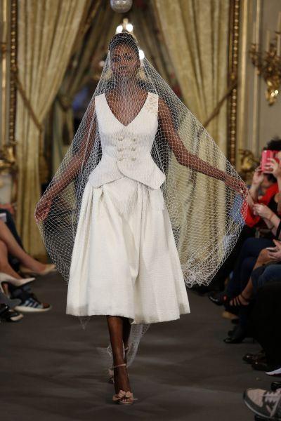 Vestidos de novia cortos 2017: ¡45 diseños encantadores! Image: 40