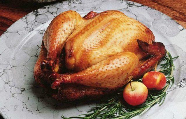 Чем натирают курицу шефы пять трюков, которые сделают запеченную птицу очень вкусной… — Мир Растений