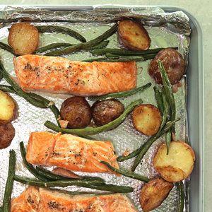 <p>Sheet Pan Salmon, Green Beans, andPotatoes</p>