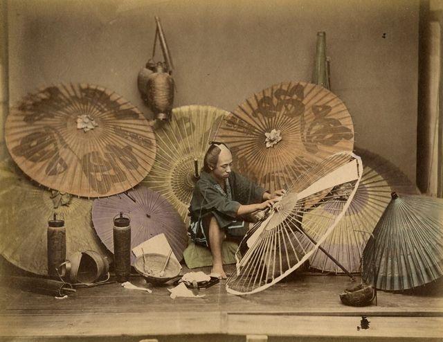 Late-1800s-05-傘屋a.jpg