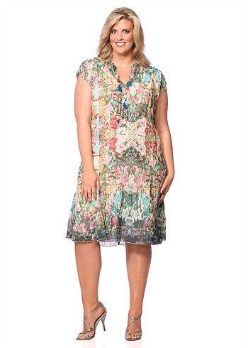 #Eplisse Mirrored Garden Dress #plussize #curvy