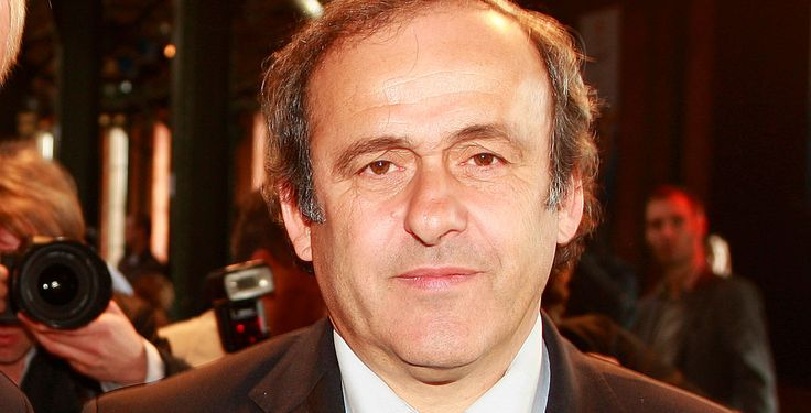 Acht Jahre Sperre für Platini und Blatter - Für sie ist das Spiel aus: Uefa-Präsident Michel Platini (Foto) und Fifa-Chef Blatter und sind von der Ethikkommission des Fußball-Weltverbandes für acht Jahre gesperrt worden.