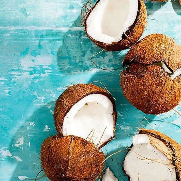 CoCo Nut Days . . . . . #coconut #food #vegan #summer #foodporn #beach #love #yum #yummy #tropical #fruits #island #plantbased #eatclean #coconutwater #cleaneating #coconutmeat #palmtrees #sweet #superfood #foodlover #coconutmilk #coconutsummer #sun #summersun #aestheticshot #brown #white #summerfruit #palmtreefruit