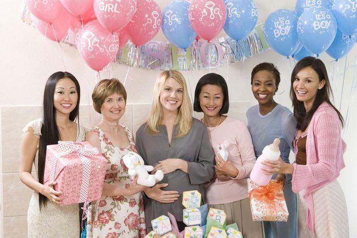 Cinque idee su cosa regalare a un'amica incinta