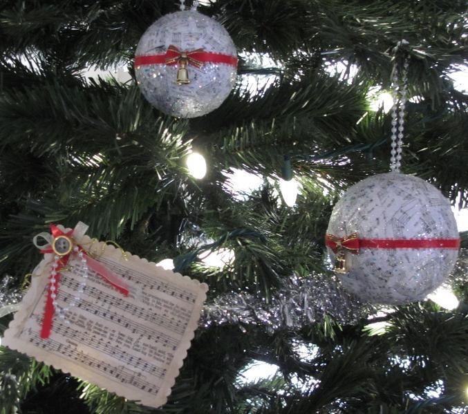 Music Lovers Christmas Ornament