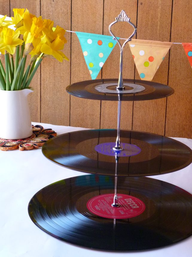 Music themed Wedding 3 tier Cake stand Vintage Vinyl Record Cakestand I think these are gorgeous and I really want to try it out