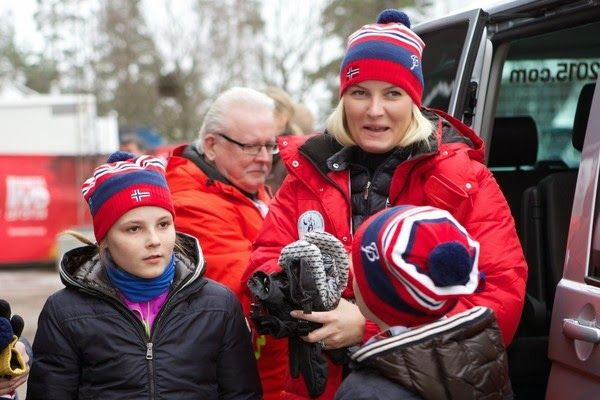 Queens & Princesses - The Swedish royal family attends new world championship Nordic held in Falun. The royal family of Norway is also present.