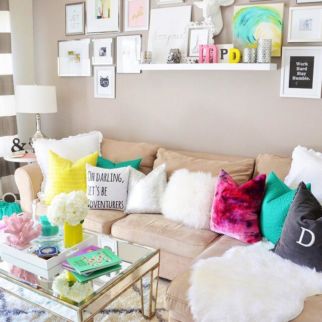 17 Best Ideas About Beige Couch On Pinterest   Living Room Neutral
