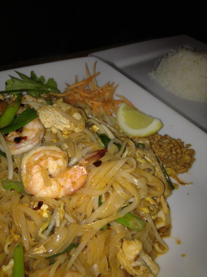 Shrimp Pad Thai | Yummy In My Tummy | Pinterest