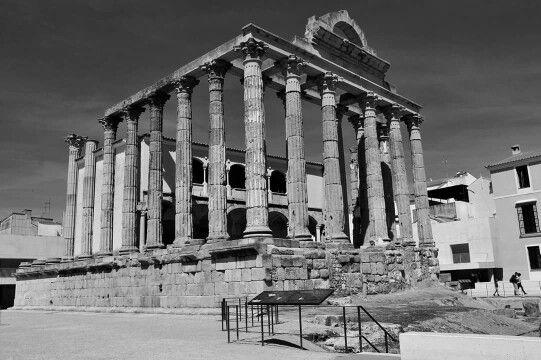 - Templo de Diana , finales del siglo l a.C. Augusta Emerita , Mérida , Badajoz , Extremadura , España ./tcc/