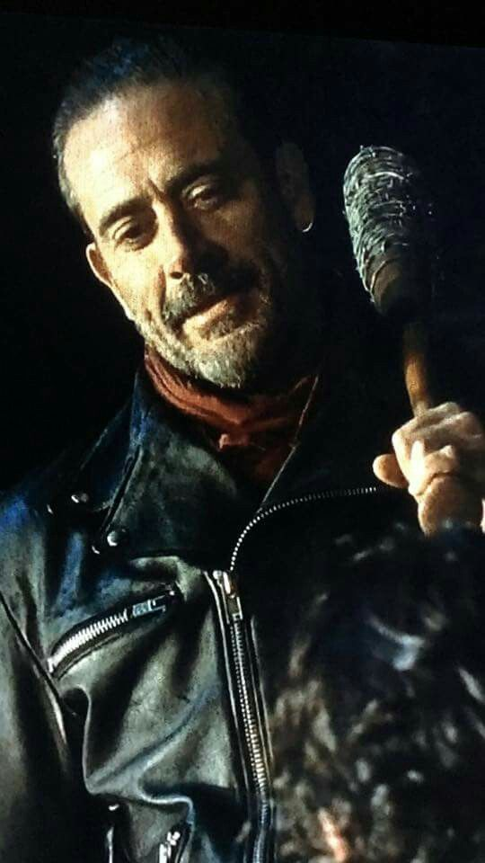 Negan (Jeffrey Dean Morgan) - Season 6 Finale - TWD