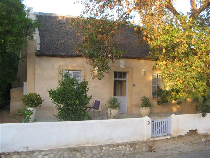 Sunflower Cottage - Sunflower Cottage is a romantic self-catering cottage in McGregor and is one of the oldest and most loved historical houses in the village.  Originally built in the 1880's, its thick adobe walls, mud ... #weekendgetaways #mcgregor #southafrica