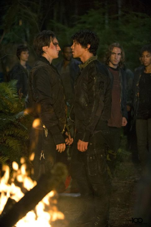 The 100 CW TV Show | The 100: Season 1, Episode 3: Earth Kills: Trailer & Images [The CW ...
