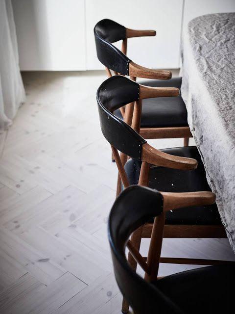 Wrinkled or Ironing Linen 2