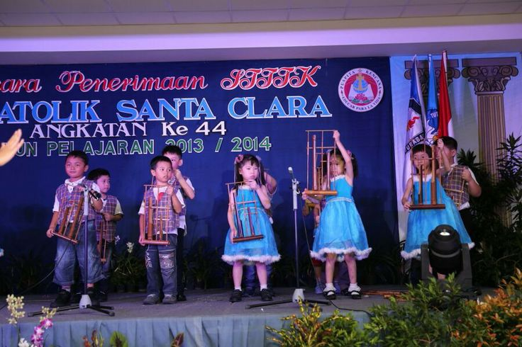 Angklung (indonesian traditional instrument)