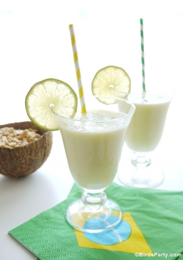 Cocktail Batida Brésilien à l'Ananas et Noix de Coco recette de boisson parfaite pour un apéro ou servir lors d'une fête en été!