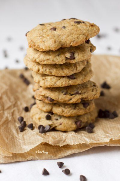 Vegan Chocolate Chip Cookies by Zizi's Adventures