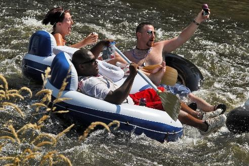 Heat wave continues; staying cool on the Apple River | StarTribune.comWaves Continuous, Twin Cities, Rivers T-Shirt, Apples Rivers, Summer Fun, Heat Waves, Apple River Minnesota